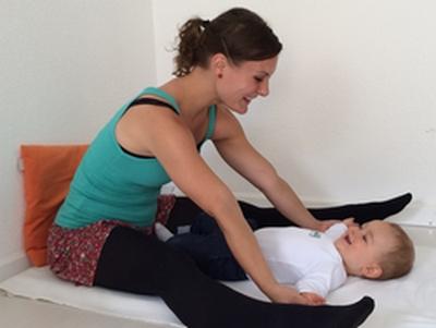 baby yoga mama